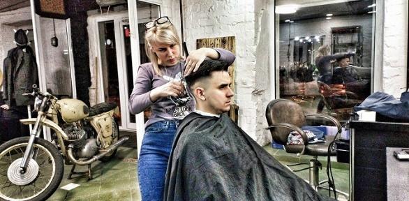 Мужская стрижка, бритье, оформление, камуфляж бороды всалоне StasTodd