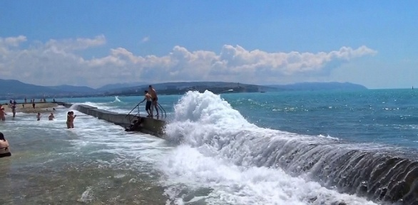 Отдых летом вГеленджике наберегу Черного моря вгостевом доме «Наира»
