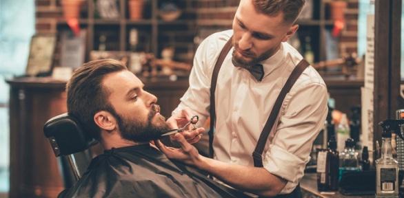 Мужская стрижка икоррекция бороды встудии «TarЗan Man»