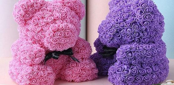 Мишка изфоамирановых 3D-роз высотой 40см вподарочной упаковке