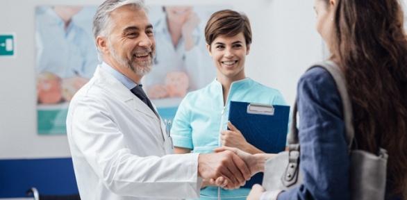 Прием врача-флеболога вклинике «Ниармедик»