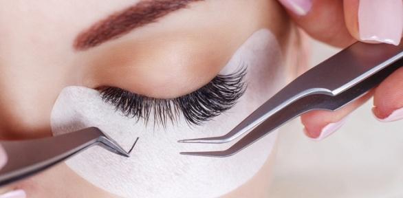 Оформление бровей иресниц встудии красоты Lazer Expert