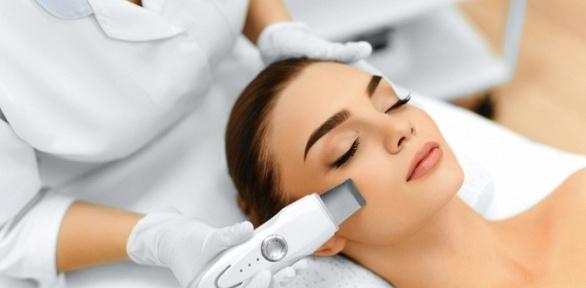 Чистка, пилинг или массаж лица встудии косметологии