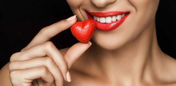 Чистка зубов, лечение кариеса или реставрация зубов вклинике «Голд Стом»