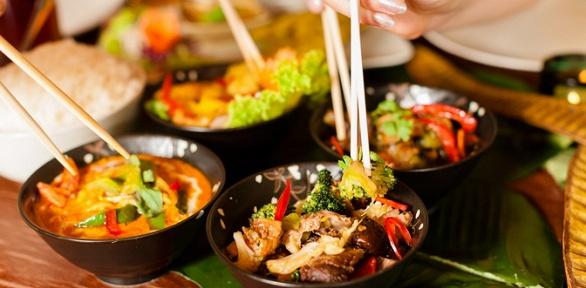 Всё меню инапитки вкафе тайской кухни ThaiwayFood заполцены