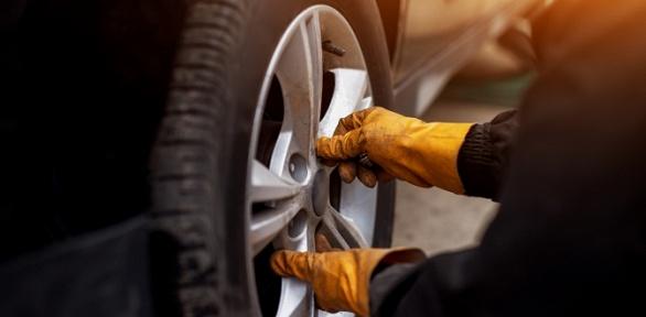 Шиномонтаж ибалансировка колес размером отR13 доR19 от«ГрифАвто»