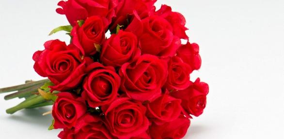 Букет изроз, дизайнерский ящик сцветами или букет-комплимент