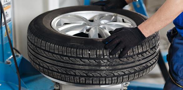 Шиномонтаж ибалансировка колесв автокомплексе «Юмакфорд»
