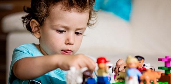 Посещение лего-комнаты вцентре развития детей AmaKids