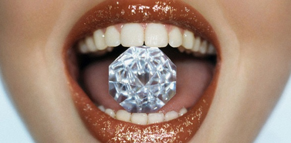 Чистка зубов, лечение кариеса или удаление зуба вклинике «Свежее дыхание»