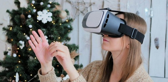 Посещение комнаты виртуальной реальности вклубе «Оазис»