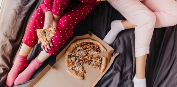 Всё меню пиццы отслужбы доставки «Вкуснота» заполцены