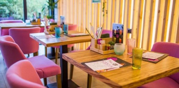 Все меню и напитки в ресторане Corner Cafe & Kitchen за полцены