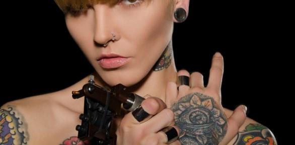 Художественная татуировка или пирсинг отстудии красоты Queen ofBeauty
