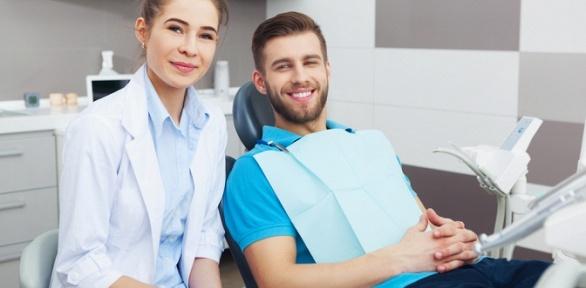 Ультразвуковая чистка ифторирование зубов вкабинете «МарсеДент»