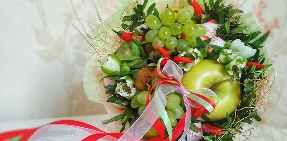 Букет иззакусок, фруктов, сладостей или сухофруктов