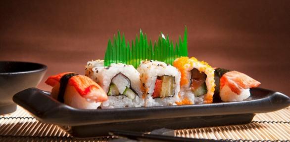 Блюда навыбор откомпании «Планета суши» заполцены