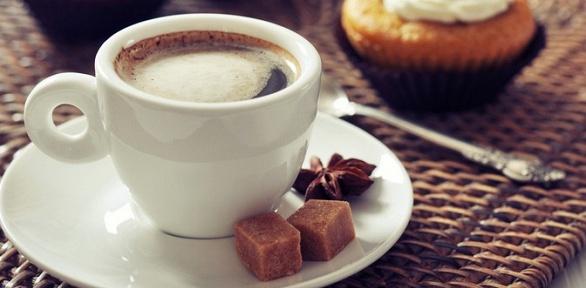 Кофе или чай сдесертом вкафе-пекарне «ПекБерри»