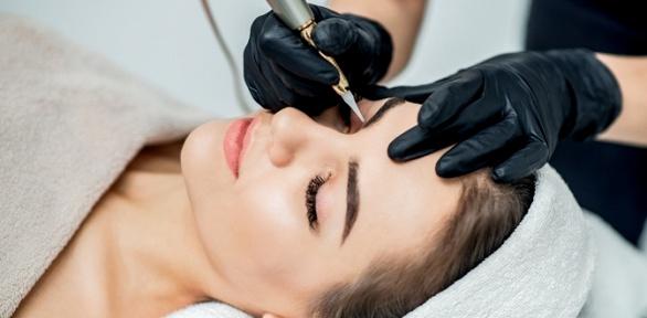 Перманентный макияж или коррекция татуажа всалоне красоты Farfala