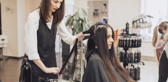 Стрижка, окрашивание, биоламинирование волос всалоне «Красотка»