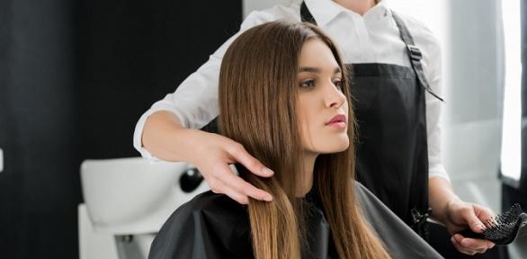 Стрижка, окрашивание волос всалоне Delight Colour-Bar