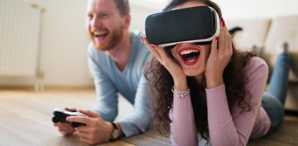 Час игры ввиртуальной реальности отклуба «Привет, Морти»