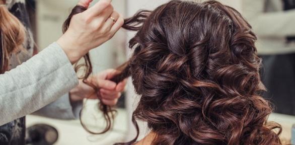 Женская стрижка, окрашивание, лечение волос всалоне красоты «Монако»