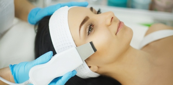 RF-лифтинг, микротоковая терапия, чистка лица вкабинете «Зефир»