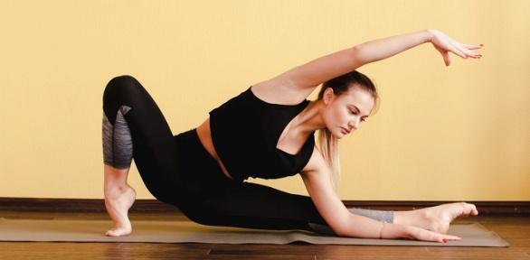 Занятия понаправлениям йога, «Здоровая спина», растяжка встудии Aura Room