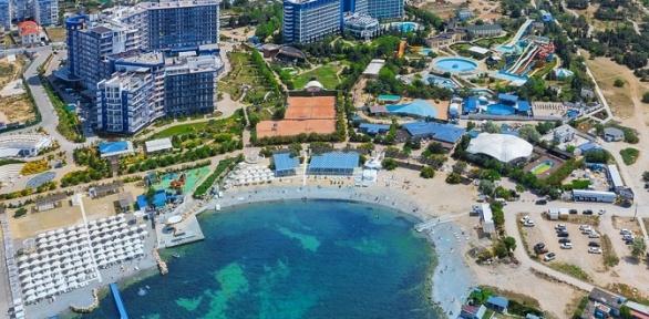 Свадебное предложение спроживанием вапартаментах Aquamarine Resort &SPA