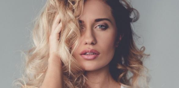 Женская стрижка, окрашивание, лечение волос, массаж головы встудии Queens