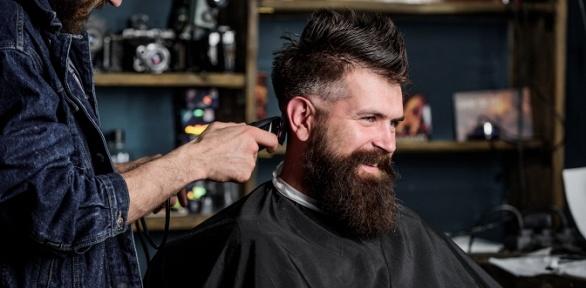 Мужская стрижка, оформление бороды вбарбершопе Big Bro