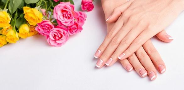 Маникюр или педикюр спокрытием гель-лаком всалоне Vis Nails
