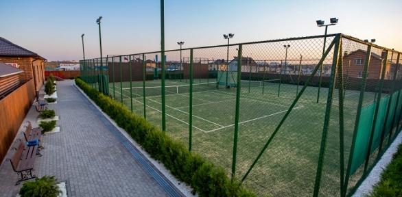 Игра вбольшой теннис втеннисном клубе «Ореховая роща»