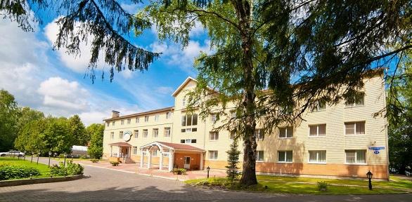 Отдых наберегу реки Волги в«Тверь Парк Отель»
