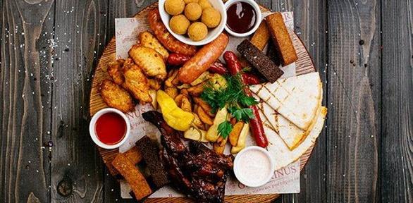 Блюда отресторана «Klaster Жулебино» заполцены