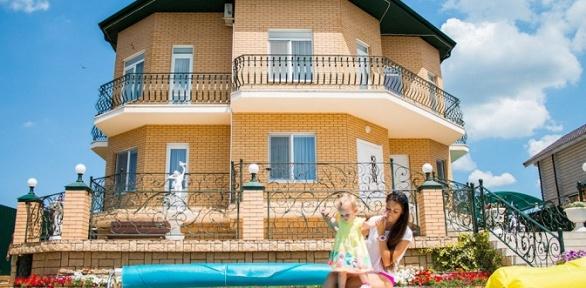 Отдых встанице Благовещенской наберегу Черного моря вгостинице Art Hotel