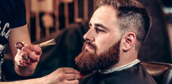 Стрижка, моделирование бороды в барбершопе El Camino del Hombre Barberia