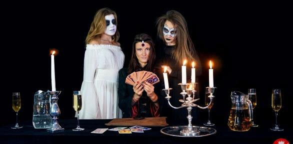 Посещение мистического иммерсивного шоу «Ночь вособняке»
