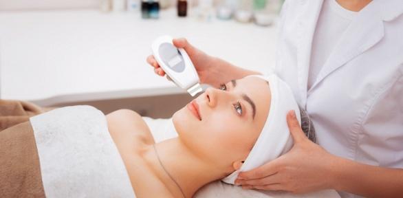 Чистка лица, пилинг или 10-фазное очищение всалоне Concept Beauty Lounge