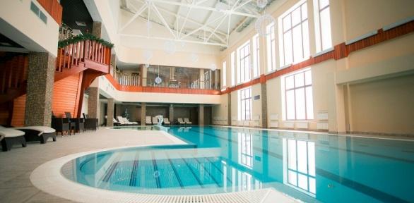 Отдых спитанием ипосещением бассейна впарк-отеле «Лазурный берег наОке»