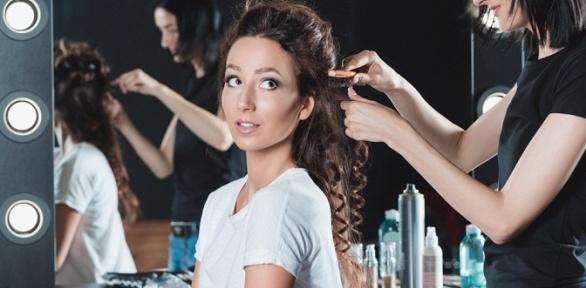 Стрижка, выпрямление волос, окрашивание или макияж всети салонов «Бигуди»