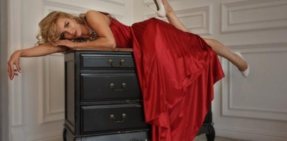 Фотосессия ввечерних платьях откомпании Meduza-Media