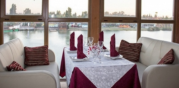 Ужин наберегу реки Кубани вресторане «Клуб»