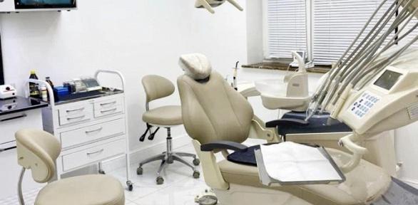 Комплексная чистка зубов встоматологической клинике «ММДентал»
