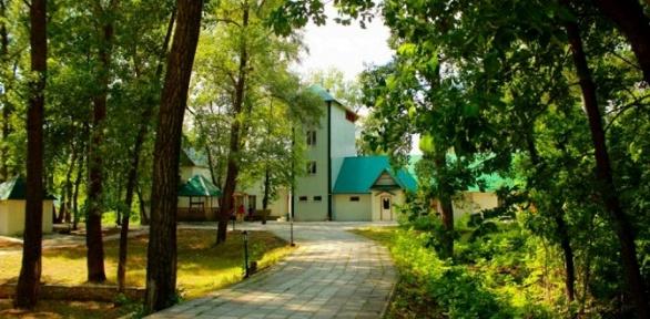 Отдых наВолге сзавтраком, развлечениями натурбазе «Волга-парк Ривьера»
