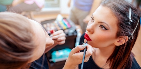Курс или мастер-класс повизажу навыбор вшколе-студии Vogue &Beauty