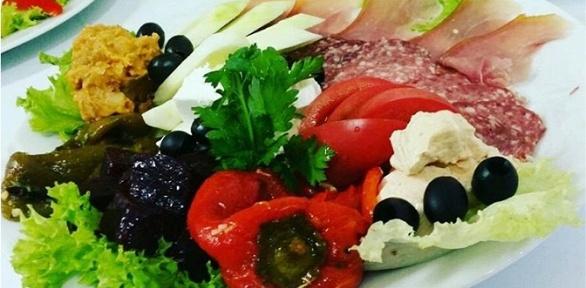 Блюда меню вресторане сербской кухни «Српска Кафана» заполцены