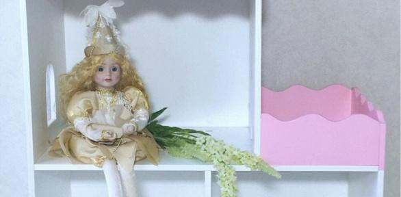 Кукольный дом, диван сящиком или шкаф для одежды кукол