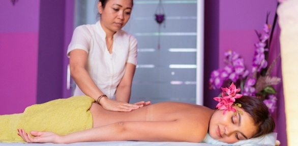 SPA-программа всалоне тайского массажа ThaiSpa